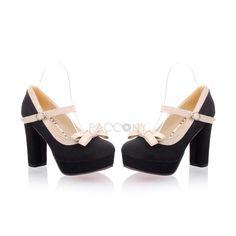 retro inspired chunky heeled
