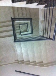 A vida são escadas com subidas e descidas. Depende do ponto de vista de cada pessoa.
