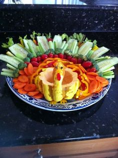 thanksgiving veggie tray | Turkey veggie tray :) | Thanksgiving Food And Drinks