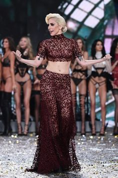 US singer Lady Gaga performs during the 2016 Victoria's Secret Fashion Show at the Grand Palais in Paris on November 30, 2016.  / AFP / Martin BUREAU