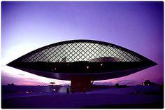 Museu Oscar Niemeyer , Curitiba.