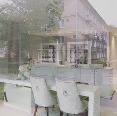 #malwina #wilczek #malwinawilczek #interior # design #home #white #blue #light #hampton #modern #classic #ny #style #house #poland #malaandco #beauty #salon #nail #studio
