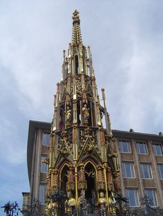 Gothic Saeule in Nuernberg.  Gothic monument on the main-place of Nürnberg in Germany.