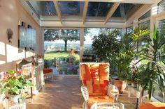 Oranżeria, podłoga, ogród zimowy., Zobacz więcej na: https://www.homify.pl/katalogi-inspiracji/15468/ogrod-zimowy-wskazowki-i-porady