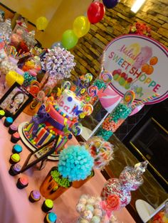 Personalized bar mitzvah party favors - Create the perfect gift for your child's upcoming Bar or Bat Mitzvah party! Candy Themed Party, Candy Land Theme, Red Candy Buffet, Candy Table, Dessert Table, Candyland, Bar Mitzvah Party, Bar A Bonbon, Sweet 16 Parties