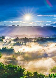 """ANOTHER PIC OF:  """"JEHOVAH GOD'S WONDERFUL WORKS""""~ FOR ALL TO SEE & WITNESS EVERYDAY!!! ~XOX   *Pic:  Sunrise"""