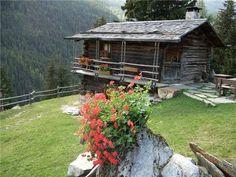 ❤ this Log Cabin