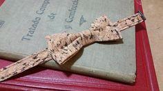 pajarita de corcho modelo DARK diseño de ARQUIMEDES LLORENS. Puntos de venta en la web.