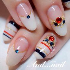 Elegant marine nail
