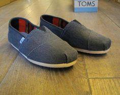 TOMS men's clasics black farrin