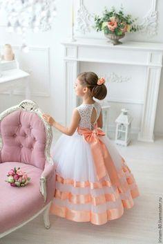 Нарядное платье для девочки – купить или заказать в интернет-магазине на Ярмарке Мастеров | Супер пышное и нежное платье для девочки.<br /> …