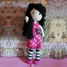 """Gorjuss"" doll from Celsa Ordóñez, Patronesamigurumi. Crochet Dolls Free Patterns, Crochet Doll Pattern, Amigurumi Patterns, Doll Patterns, Love Crochet, Crochet Gifts, Crochet Baby, Knit Crochet, Crochet Amigurumi"