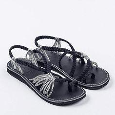 d86f7ab2ea4f89 23 Best Palm Leaf Plaka Sandals images