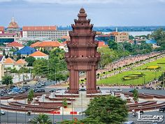 "The Independence Monument (Khmer: វិមានឯករាជ្យ, ""Vimean Akareach"") in Phnom Penh, capital of Cambodia, was built in 1958 for Cambodia's independence from Fra. Phnom Penh, Travel With Kids, Family Travel, Cambodia Travel, Travel Stroller, World Pictures, Angkor Wat, Travel Deals, Countries Of The World"