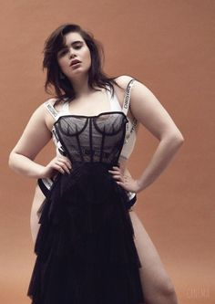 21 Plus Size Curvy Models Proving Healthy To Be Unhealthy - The Funny Mobel Curvy Model Barbie Ferreira Curvy Plus Size, Plus Size Model, Curvy Outfits, Plus Size Outfits, Clothing Advertisements, Lingerie Instagram, Barbie Ferreira, Best Photo Poses, Curvy Models