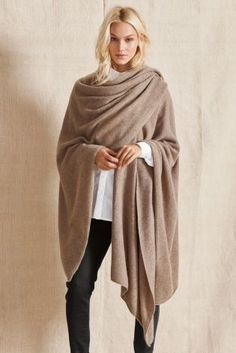 Comfortable, luxurious and stylish, all in one. You cannot go wrong this winter with this stunning Oatmeal Cashmere Wrap from Next.