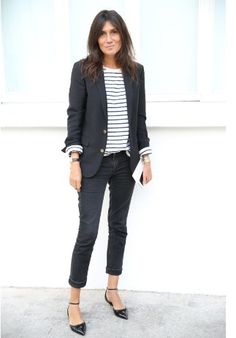 Black and white outfit / stripes / mariniere / parisian chic / Emmanuelle Alt Fashion Me Now, Fashion Mode, Work Fashion, Fashion Week, Everyday Fashion, Style Fashion, Fashion Outfits, Trendy Fashion, Casual Outfits