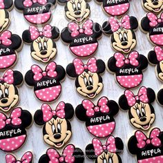 Mickey Mouse Clubhouse Cake, Minnie Mouse Birthday Cakes, Mickey Mouse Cake, Mickey Y Minnie, Mickey Birthday, Minnie Mouse Party, Birthday Cookies, 2nd Birthday, Birthday Ideas