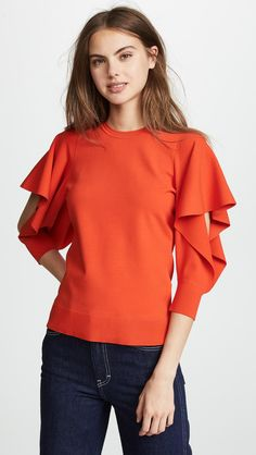 See our big variety of ladies fashion garments for every special occasion.Get set for the latest time of the year using our variety of women's tops. Sleeve Designs, Blouse Designs, Moda Peru, Magazine Mode, Mode Hijab, China Fashion, Ladies Dress Design, Blouses For Women, Ladies Blouses
