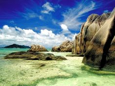 Exotic Dream Beach At Seychelles. Having a relaxing trip. Dreams Wallpaper, Beach Wallpaper, Hd Wallpaper, Oh The Places You'll Go, Places To Travel, Places To Visit, Travel Pics, Voyager C'est Vivre, Strand Wallpaper