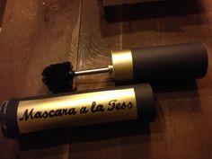 Sinterklaas 2015 surprise gemaakt door Isa. Mascara van koker met wc-borstel. Kadootjes zaten in de koker.