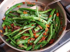 Haricots Verts Amandine (French-Style Green Beans With Almonds)