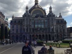 Antwerp 2 hours from Liege, 1 hour from Brussels Belgium