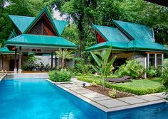 Modern Vacation Rentals Costa Rica | boutique-homes.com