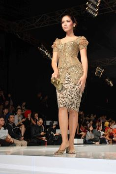 135 Best Anne Avantie Images In 2019 Batik Dress Indonesian