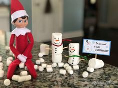 Check out this adorable addition to our Elf on the Shelf ideas- elf builds marshmallow snowmen! Then grab our free printable snowman signs for your elf! Holiday Parties, Holiday Fun, Holiday Ideas, Christmas Elf, Christmas Ideas, Christmas Carol, Christmas Porch, Father Christmas, Christmas Stuff