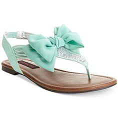Material Girl Skylar Flat Sandals