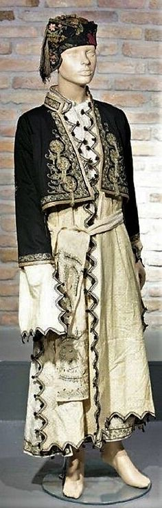 A traditional festive costume from Izmir (town). Greek Traditional Dress, Traditional Outfits, Greek Costumes, Folk Costume, World Cultures, Embroidery Art, Anthropology, Kaftan, Folk Art