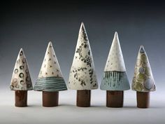 Newest Photo ceramics handbuilt Slab Pottery Concepts linda bristow — Pointed Trees – height varies to tall Ceramic Christmas Decorations, Ceramic Christmas Trees, Ceramic Clay, Ceramic Pottery, Slab Pottery, Christmas Clay, Christmas Crafts, Modern Christmas, Christmas Ornament