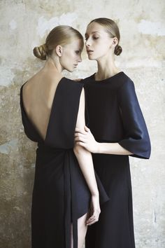 Sculptural Fashion // Atifa Rasooli