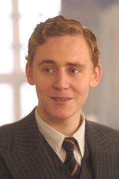 Throwback Thursday:Tom Hiddleston inThe Gathering Storm(2002)