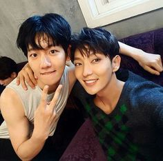 Baekhyun Scarlet Heart Ryeo OMFG his arms