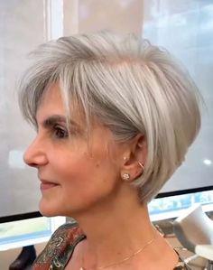 Short Shag Hairstyles, Short Layered Haircuts, Bob Hairstyles For Fine Hair, Mom Hairstyles, Short Hairstyles For Women, Beautiful Hairstyles, Over 60 Hairstyles, Latest Short Haircuts, Layered Bob Short