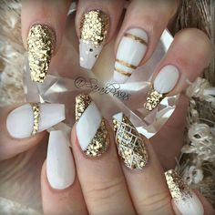 15 Graceful White Coffin Nails That Are Totally Edgy Coffin Nails white and gold coffin nails White Coffin Nails, White Nails, Stiletto Nails, New Year's Nails, Fun Nails, Acrylic Nail Designs, Nail Art Designs, Nails Design, Nails 2018