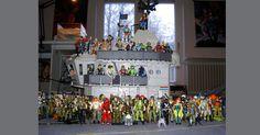 """""""As meninas têm """"Barbie"""" e os meninos contam com a imensa coleção de soldados da linha Comandos em Ação."""""""