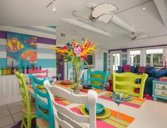 🌟Tante S!fr@ loves this📌🌟House of Turquoise: Limefish - Anna Maria Island, Florida Coastal Homes, Coastal Living, Coastal Decor, House Of Turquoise, Turquoise Kitchen, Anna Maria Island, Beach Cottage Style, Beach House Decor, Home Decor