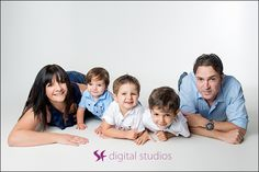 Family Portrait Photography Leighton Buzzard  https://sfdigital.co.uk/family-portrait-photography-6/