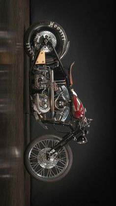 Bad is many - motos - # motocicletas # muitas - Coole Mopeds - Motos Vintage Motorcycles, Custom Motorcycles, Custom Bikes, Motorcycle Women, Motorcycle Bike, Motorcycle Design, Harley Bobber, Bobber Chopper, Moto Fest