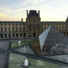 City Aesthetic, Travel Aesthetic, Places To Travel, Places To Go, Palais Des Tuileries, Louvre Paris, Little Paris, Paris Ville, Dream City