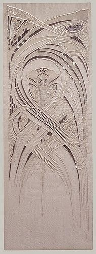 Embroidery done using art nouveau influence. The pattern is striking and the lines curve and end with ease. This depicts the true flow of the movement of Art Nouveau. Textiles, Hector Guimard, Design Art Nouveau, Jugendstil Design, Art Du Fil, Art Textile, Silk Painting, Fabric Art, Metropolitan Museum
