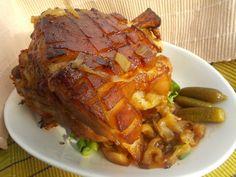 Pečené koleno s vůní a chutí cibule a česneku Pork Roast, Food 52, Pork Recipes, Food And Drink, Treats, Cooking, Czech Food, Straws, Pork