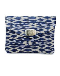 Straw Envelope Clutch - Summer Essentials Shop - Lucky Brand Jeans. Love this - I have scarf in the same color and pattern, so this clutch is a must!