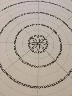 Creativity, life and happiness — adinafrigstad: How I make a mandala In. Mandala Doodle, Mandala Dots, Zen Doodle, Mandala Pattern, Zentangle Patterns, Zentangle Drawings, Doodle Drawings, Zentangles, Mandela Drawing