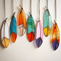 glas in lood diy - Bing images Stained Glass Ornaments, Stained Glass Suncatchers, Stained Glass Designs, Stained Glass Projects, Stained Glass Patterns, Stained Glass Art, Mosaic Glass, Glass Wall Art, Metal Wall Art