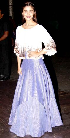 Alia Bhatt at Shahid Kapoor and Mira Rajput's wedding reception.