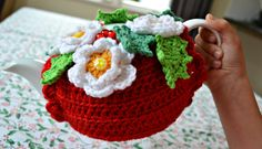 Christmas tea cosy 2  ~ Link correct and pattern is FREE when I checked on 24th March 2015